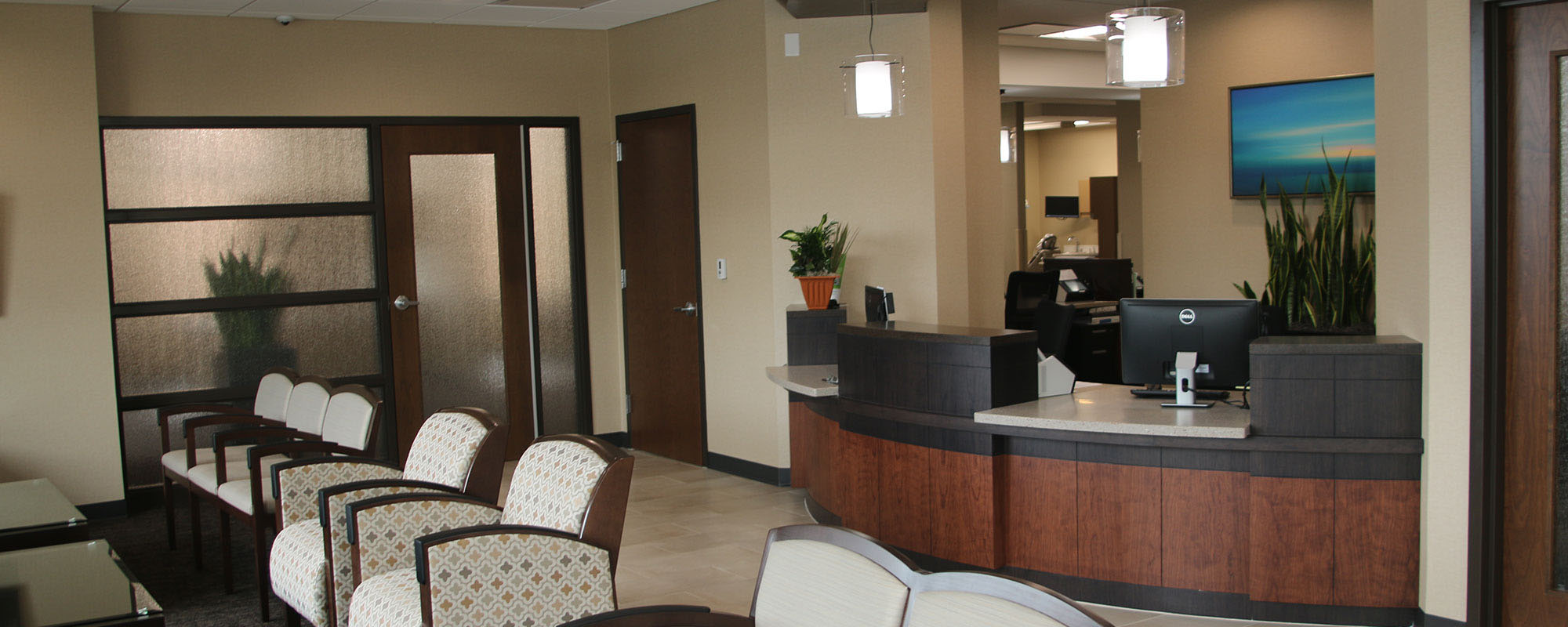 Dental Associates Alsip provides complete family dentistry from a state-of-the-art clinic